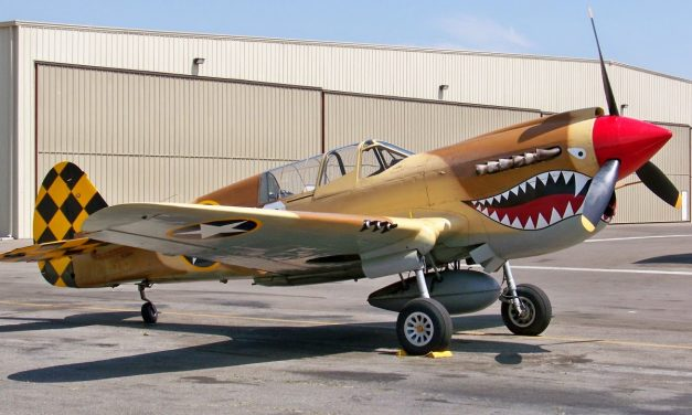 "P-40 ""Tomahawk"""