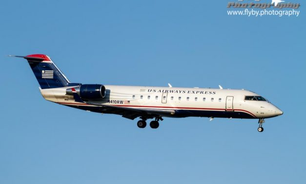 N410AW on the River Visual to Reagan National.