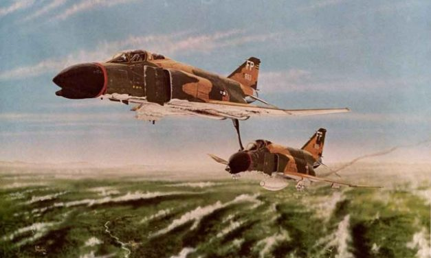 Amazing Pilot Saved His Wingman, At 20,000 Feet Pushed A Damaged Phantom By Its Tail Hook Out Of North Vietnam