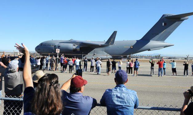 Last Boeing C-17 built in Long Beach takes flight as California aerospace era ends