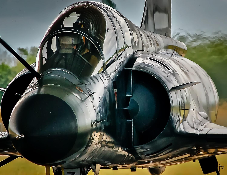 Mirage 2000N , Start Engine ….