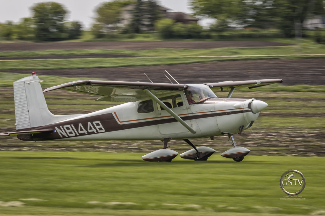 Cessna 172 Rotating