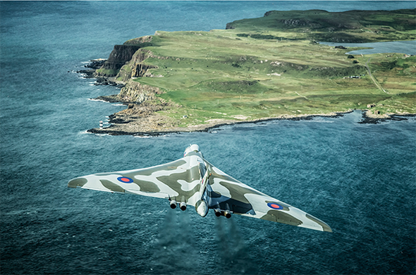 Vulcan XH558 as she comes in over the Northern Ireland coastline, September 2015. Captured by Frank Grealish.