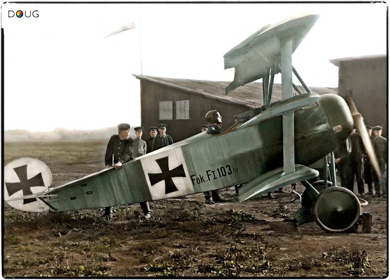 Leutnant Werner Voss, Staffelführer of Jasta 10 in his Fokker F.I, September 1917. (KIA 23/9/17 aged 20)