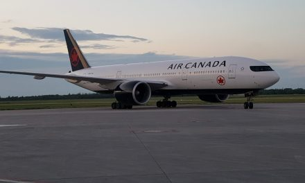 Since I can't upload photos while I'm at Airventure, here is a lovely Boeing 777 that dropped in to Winnipeg last…