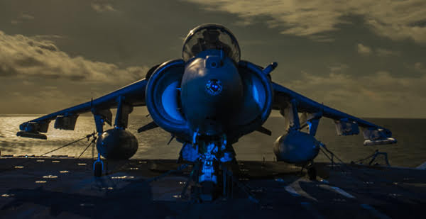 On the deck of the USS Boxer (LHD 4) an AV-8B Harrier II—U.S. Navy/Mass Comm Spec 3rd Class J. Michael Schwartz.